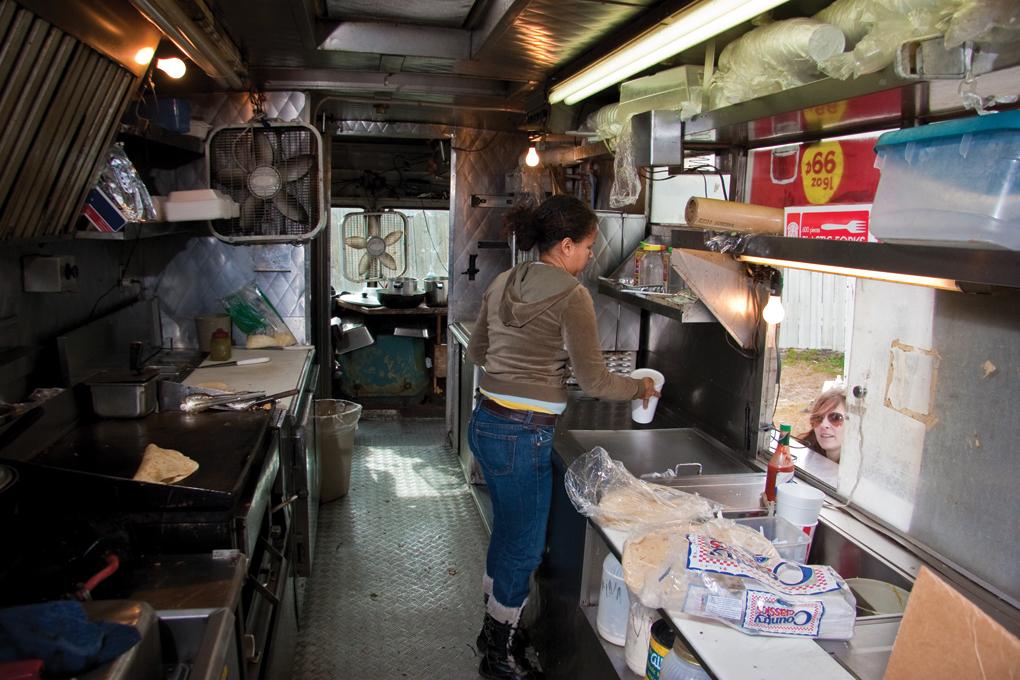 Taqueria D.F. Food Truck