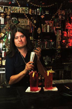 Benji Lee: Supagroup guitarist/The Saint bartender. Photo by Elaine Miller.
