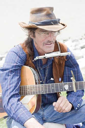 Slewfoot. New Orleans street musician.
