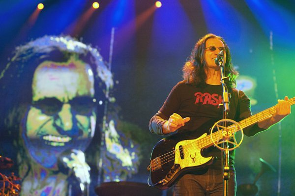 Geddy Lee of Rush at the New Orleans Arena. Photo by Adrienne Battistella.