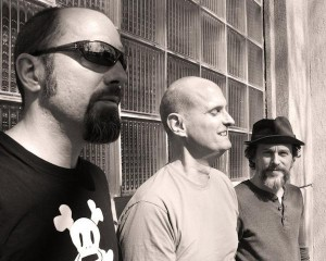 Jeremy Lyons and Members of Morphine. From left to right: Dana Colley, Jerome Deupree, Jeremy Lyons. Photo by Laura Cere.