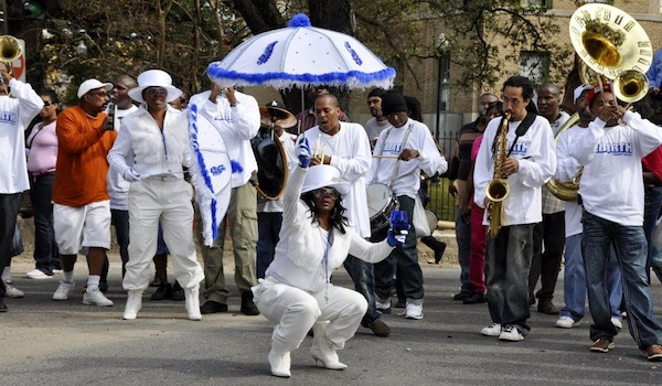 second line – Uptown Messenger