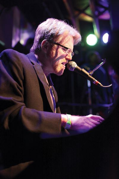 Cha Wa keyboard player Tom Worrell. Photo by Elsa Hahne.