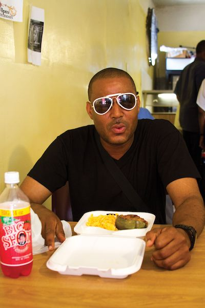 Glen David Andrews Hits the Spot at Roosevelt's Black Pearl. Photo by Caitlyn Ridenour.