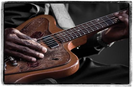 "Clarence ""Gatemouth"" Brown, Scott Saltzman"