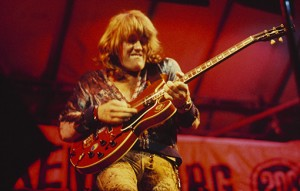 Alvin Lee by Fin Costello