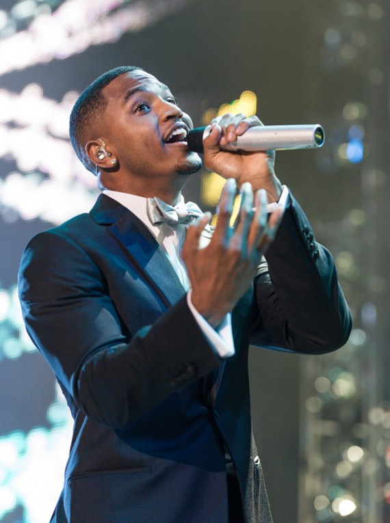 trey.songz.essence.2013.elsahahne.12