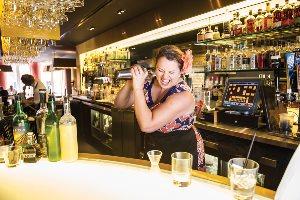 Abigail Gullo, Sobou bartender, photo Elsa Hahne