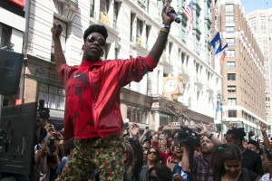 Big Freedia Twerking in Herald Square NYC by Ariel LeBeau