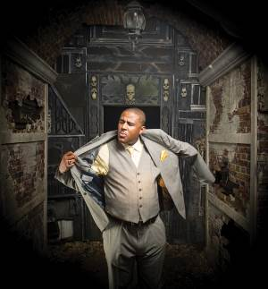 Glen David Andrews, suit, photo, Elsa Hahne, Golden Richard III, OffBeat Magazine, November, 2013