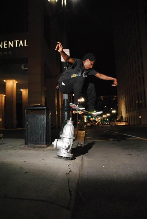 Ollie, Chris, skateboarding, photo, Brad McCormick