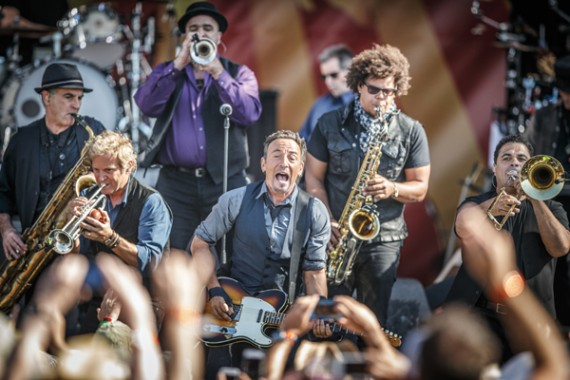 Bruce Springsteen, Jazz Fest 2014, photo, Willow Haley, OffBeat Magazine, June 2014