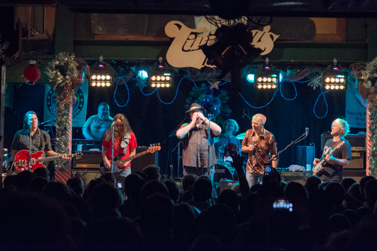 Review Anders Osborne S Holiday Spectacular December 18