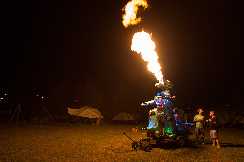 The fire-breathing Mecha Gator. Photo by Caitlyn Ridenour.