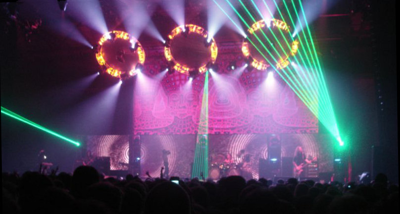 Tool perform in Mannheim in 2006. Photo via Wikimedia Commons.